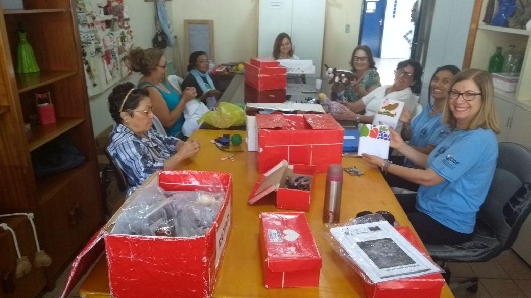 Oficina Terapêutica de Mães e voluntárias